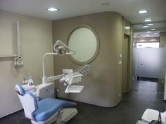 Gabinete en Clínica Dental. En Plentzia, Bizcaya, Spain. Proyecto realizado por Javier Yrazu Bajo . Crokis Proyectos. +34629447373
