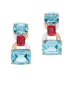 Bulgari posted a few of their high jewelry pieces from the collection exhibited at the Biennale des Antiquaires in Paris Bulgari Jewelry, Aquamarine Jewelry, Gemstone Jewelry, Jewellery, High Jewelry, Modern Jewelry, Luxury Jewelry, Ruby Earrings, Bvlgari Earrings