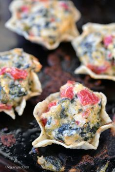 Spinach Artichoke Dip Bites Recipe: A fabulous, bite sized appetizer that is perfect for parties!