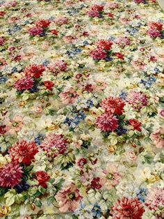 Axminster Floral Carpet! OOH I want this so much. I would rip up my existing carpet in a flash, just to have this one!!