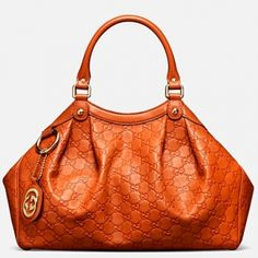 Gucci-never owned an orange bag but I LOVE this color! - handbags, black and white striped purse, cute affordable purses *ad Gucci Purses, Gucci Handbags, Fashion Handbags, Fashion Bags, Gucci Bags, Designer Handbags, Gucci Gucci, Designer Purses, Handbags Online