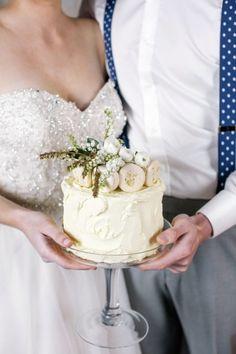 Macaroon topped cake: http://www.stylemepretty.com/new-zealand-weddings/2015/01/27/cerulean-blue-suede-wedding-inspiration/ | Photography: Lauren & Delwyn - http://www.laurenanddelwyn.co.nz/