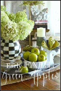 20 Inspirational Farmhouse Fall Vignettes - Page 2 of 4 - The Cottage Market Kitchen Vignettes, Apple Kitchen Decor, Fall Vignettes, Farmhouse Kitchen Decor, Kitchen Ideas, Country Kitchens, Green Kitchen, Kitchen Table Makeover, Apple Decorations