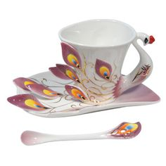 Show your feathers during tea time! Beautiful, elegant porcelain tea cup.