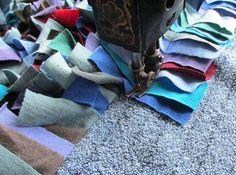 http://www.motherearthnews.com/homesteading-and-livestock/make-a-shag-rag-rug-zbcz1501.aspx#ixzz3OkQieEvl&ishag rug sewing