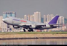 FedEx old Flying Tigers 747
