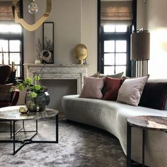 Shine bright – Violier at home Sweet Home, Couch, Bright, Living Room, Projects, Inspiration, Furniture, Home Decor, Interiors