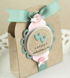 Favor-It Box Limitless Layers: Circles, 2010 Love Tags, Mat Stack Love… Pretty Packaging, Gift Packaging, 3d Paper Crafts, Diy Crafts, Cute Box, Cute Gifts, Party Favors, Shower Favors, Shower Invitations