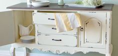 Great Site that has tons of daily deals for home decor!