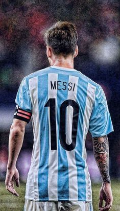 The Argentine star of FC Barcelona, ​​Lionel Messi, remains as . Football Player Messi, Messi Soccer, Fifa Football, Messi 10, Soccer Players, Messi Argentina, Argentina Football Team, Fc Barcelona, Lionel Messi Barcelona