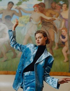 Lindsey Wixon wears all clothes Hillier Bartley Socks Pantharella. Photography Letty Schmiterlow i-D