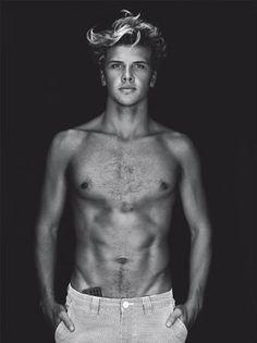 Julian Wilson, aussie + surfer...need i say more??
