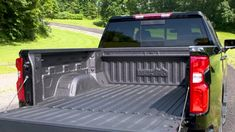 With best-in-class cargo volume, box depth, box length at floor, plus a segment-leading 12 fixed tie-downs and exclusive power up/down tailgate, the 2019 Silverado 1500 is the most functional bed of any pickup. Cool Trucks, Big Trucks, Chevy Trucks, Pickup Trucks, Chevy Pickups, Silverado 1500, Chevrolet Silverado, Truck Bed Mat, New Pickup
