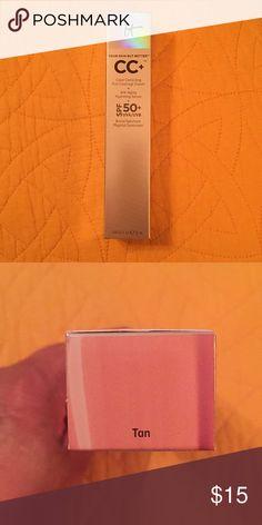 It Cosmetics C.C.+ Cream and Anti-Aging Serum Brand New in Box, CC cream (Tan) by It Cosmetics 👠💋💄 It Cosmetics Makeup Foundation