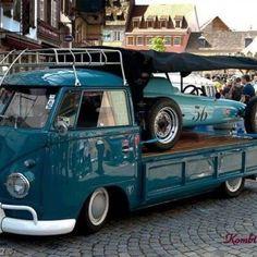 New Picture Of Volkswagen Bus 2 Volkswagen Bus, Volkswagen Transporter, Vw Camper, Split Screen, Vw Pickup, Combi Vw, Vw Group, Rv Parks, Vw Beetles