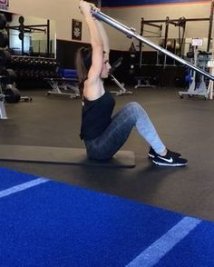 Ultimate AB workout! Hit it all with these moves! 1. 15 each side 2. 15 each side 3. 20 each side 4. 15 each side 5. 20 reps 3-4 rounds #alexiaclark #queenofworkouts #landmine #core #abs #coreworkout #menshealthmag #lululemon #nike @menshealthmag