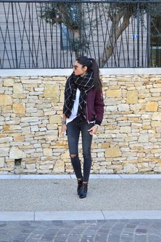Federica L. shows us how to combine the oversized scarf trend and bomber jacket style; pairing this checked black scarf with a plain white tee and burgundy bomber. Burgundy Bomber Jacket, Bomber Jacket Outfit, All Black Fashion, Autumn Fashion, Spring Fashion, Blouson Rose, Cute Fall Outfits, Autumn Outfits, Casual Outfits
