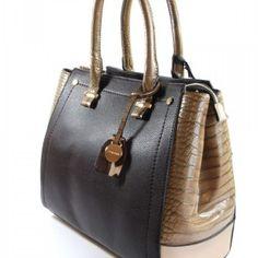 Volum Chic Croc Tote Scarf Jewelry, Crocs, Handbags, Fashion, Moda, Totes, Fashion Styles, Purse, Hand Bags