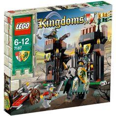 LEGO Castle Escape from Dragons Prison 7187 | Castle LEGO Sets