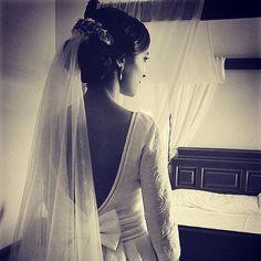 Ser una novia Sister's es siempre una buena opción. Gracias Sandra @1000manerasdevestir  #sisterstocados #tocados #coronasdeflores #flowercrowns #novias #noviasister #wedding #bodas #brides #accesoriosnovias #tocadosnovia #bodas #muysisters
