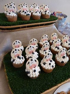 cow cupcakes and other cow party ideas :)