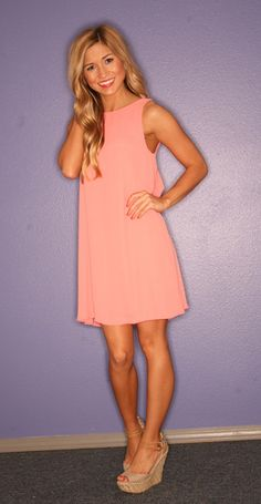 This sweet peach shift dress is perfect for Recruitment, especially when paired with nude wedges and gold accessories! Rush Outfits, Rush Dresses, Short Dresses, Dress Skirt, Dress Up, Preppy Style, My Style, Pretty Dresses, Dress To Impress