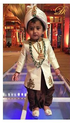 Baby Boy Ethnic Wear, Kids Ethnic Wear, Baby Boy Dress, Baby Boy Outfits, Kids Outfits, Kids Indian Wear, Indian Groom Wear, Sherwani For Boys, Baby Boy Fashion