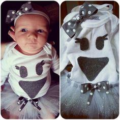 Lillieanna's first Halloween! ^_^ Absolutely precious! ♡♡ DIY newborn ghost costume
