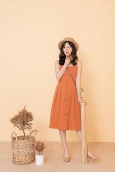 Korean Fashion – How to Dress up Korean Style – Designer Fashion Tips Korean Fashion Dress, Korean Outfits, Asian Fashion, Modest Fashion, Look Fashion, Girl Fashion, Fashion Dresses, Fashion Design, Fashion Trends