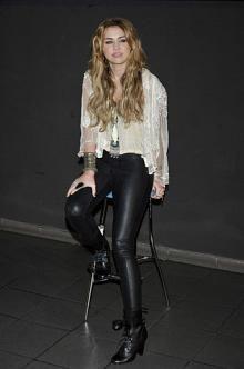 Miley Cyrus Leggings - Miley Cyrus Pants & Shorts - StyleBistro