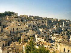 Matera, Basilicate Castel Del Monte, Paris Skyline, New York Skyline, Dolores Park, Beautiful Places, Pictures, Google Search, Travel, Bella
