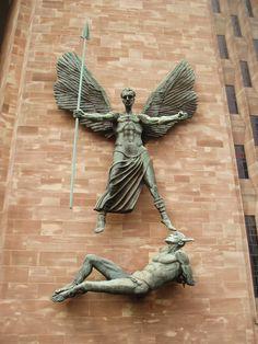 Más tamaños | Epstein's St Michael & the Devil, Coventry Cathedral | Flickr: ¡Intercambio de fotos!