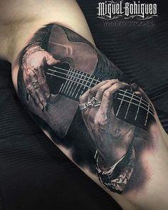 Car Tattoos, Girly Tattoos, Music Tattoos, Half Sleeve Tattoos For Guys, Full Sleeve Tattoos, Tattoo Sleeve Designs, Rock And Roll Tattoo, Tatouage Rock And Roll, Elvis Tattoo