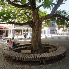 STREETLIFE R&R Circular Bench with optional backrest. #StreetFurniture #ParkBench #Circle