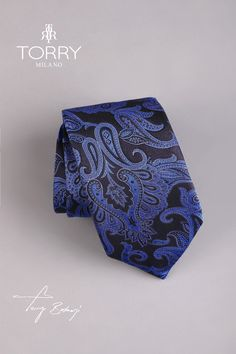 Our ties are part of the premium category, being made in Italy. They are made of Como silk and are noted for their superior quality, presenting an impeccable handwork. Italian Fashion, Superior Quality, Paisley Print, Silk Ties, Dark Blue, Italy, How To Make, Handmade, Italia