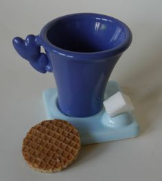 Espresso coffee cup, 3D printed in ceramics byi.mateialise, designed using Anarkik3D Design software.