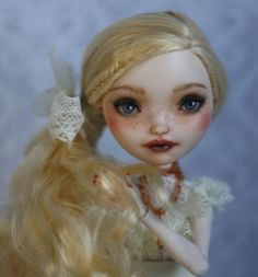 EVER AFTER HIGH  Apple White repaint  custom ooak doll Monster High by LadyVerrin