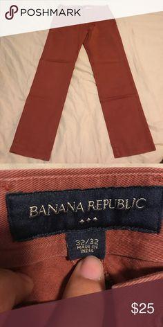 Banana republic pants 32 32 chinos khakis Got last year but don't fit Banana Republic Pants Chinos & Khakis