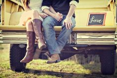Cutest engagement pictures!