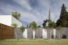 Gallery of F House / Pitsou Kedem Architects - 32
