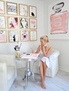 Nov 2017 - Australian born Kerrie Hess has illustrated for CHANEL, Printemps Paris, Kate Spade New York, Louis Vuitton, Collette Dinnigan and Net-a-Porter. Home Office Space, Home Office Design, Home Office Decor, Home Decor, Chic Office Decor, Office Ideas, Shabby Chic Office, Salon Interior Design, Office Inspo