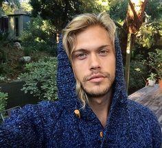 Christopher Mason @christophermason_ Sweater presents,...Instagram photo   Websta (Webstagram)