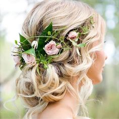 Pretty bridal floral up style #bohobride #bohemianbride #hairstyle #hairdo #upstyle #loosecurls #flowerhair #floralhair #braid #updo #bridalhair #weddinghair #weddinginspo #bride #bridesmaids #bridesmaidhair #bridehair #floralcrown #flowers #engaged #bridalinspo