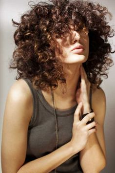 Beautiful Curly Short Messy Hairstyle