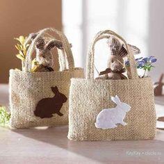 cojines decorados con pañitos de crochet - Buscar con Google