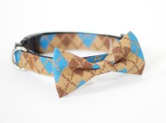 Dog Cat collar with detachable bowtie knitlooking by usagiteam, $29.00