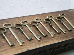 The Master's Keys - Skeleton Keys - 10 x Antique Brass Bronze Antique Vintage Skeleton Keys Key Set