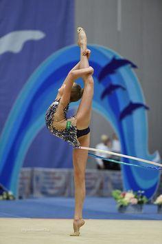 Alina Ermolova (Russia), Russian Championships (Sochi) 2016 Gymnastics Flexibility, Gymnastics Poses, Gymnastics Photography, Artistic Gymnastics, Gymnastics Girls, Rhythmic Gymnastics, Contortionist, Athletic Body, Dance Poses