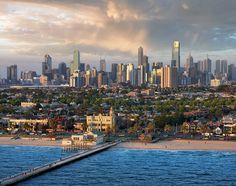Fantastic view of Melbourne from South Melbourne Beach - Victoria || Lensaloft Photography
