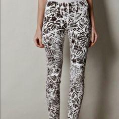 DVF Current Elliot DVF Current Elliot jeans size 29, great for the summer. Super comfortable. Diane von Furstenberg Pants
